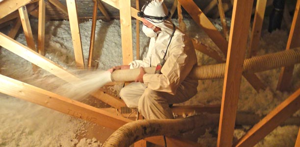 loose fill attic blow-in insulation installer